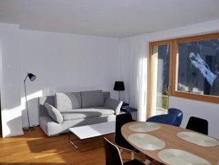 Sehr schone, neu moblierte Wohnung an ruhiger und sonniger Wohnlage am ostlichen