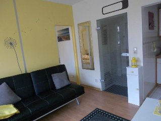 The 2-room apartment is bright and modern and is located in. 1 Floor.  To reach