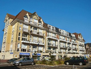 Apartment Les Lofts  in Cabourg, Normandy - 6 persons, 2 bedrooms