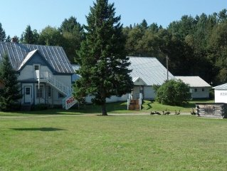 Moose Creek Lodge -  Book Summer Vacation Before 3/31.  Get 5th Night Free.