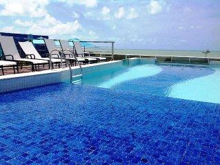 Apt com garagem e piscina, S do Atlantico, Praia de Tambau. O 'point' da cidade.