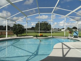 Fantastic Sunny Pool, No Backyard Neighbors & only 4 miles to Disney - Free Wifi