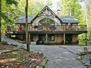 Ski Shawnee Peak--Spacious home ideal for large groups!