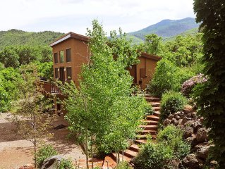 Casa Del Sol - Private serene surroundings with spectacular mountain views