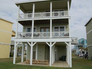'Amazing Views' Luxurious Beach Front 4/4 Cottage