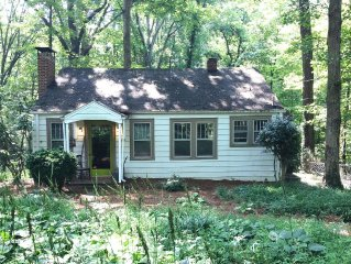 Wake Forest area. Just right-2BR, wooded location, sleeps 5. Cute.