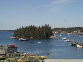 RARE Oceanfront Maine Village Year-Round Retreat, Gameroom + Docks