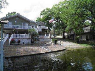 La Casa Paradise Beautiful 4 BR/3 BA  2 Slip dock with Yacht Slip.
