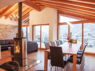 Nepomuk: Luxury 5 Star Chalet includes 3 apartments with heated outdoor-pool