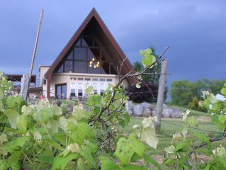 Huge Lakefront A-frame on Owasco, 4 king bedrooms, 5 bathrooms, Sleeps 10-12