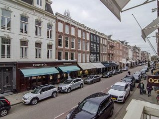 Luxury Apartment Of 160m2 In The Most Exclusive Fashion Shopping Street