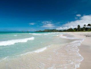 Tropical Beach Hale, 1 bedroom, A/C, across street from beach access
