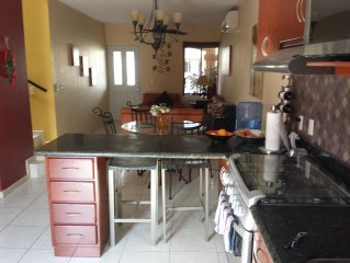 Charming Townhouse Condo w/ Large Pool 2 Blocks from Beach