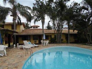 Geriba - Linda casa em cond. 02 quartos (01 suite) prox. a praia