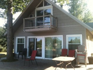 Cottage with private beach on Upper Silver Lake. Friday to Friday rental