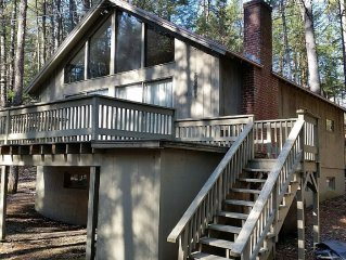 Pet Friendly  N. Conway Village Chalet; Walking Distance to Downtown