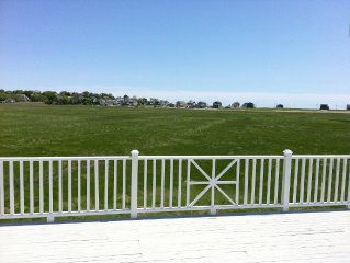 FALL RENTAL AVAILABLE  - Ocean and Marsh Views, walk to Harbor!