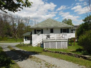 Tasteful Accommodations in Downtown Watkins Glen with all the amenities of home!
