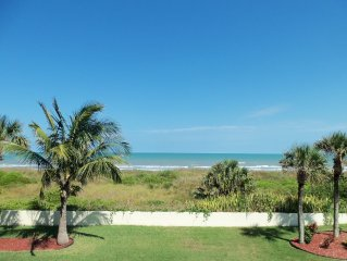 Cocoa Beach Direct Oceanfront. Great Oceanviews. Walk to Famous Pier & Ron Jons.