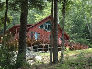 Log Cabin in White Mts! Minutes to Waterville Valley! Perfect for hikers!