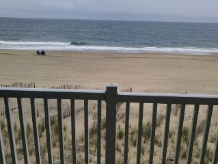 Pierview 103 - Newly renovated 2016 - 2 BR Oceanfront Condo