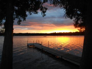 Birch Lake, sandy beach, docks, fire places, all sports, military discount,