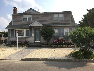 Oceanside Cape 5 Bedrooms, 4 Baths, With Inground Pool