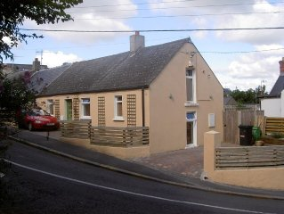 Charming Cottage In Beautiful Howth, 20 Minutes From Dublin City Center