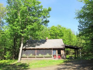 CAMP 51 - Private Northwoods Getaway- Direct Trail Access - Wifi / Cell Service