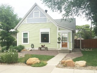 Charming Downtown Cottage Getaway Steps From Main Street