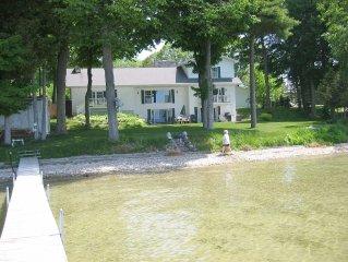 Large  Lakefront Home on Burt Lake Hunting fishing snow sking golf