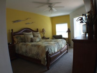 SUMMER SPECIAL RATES Luxury Gated Condo with Intercoastal Backwater Views