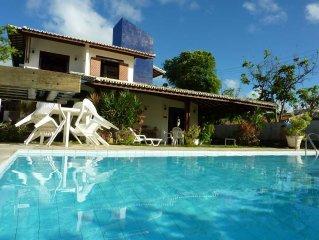 home 5/4 conditionado air, swimming pool cond. closed 'Paraiso'Praia Guarajuba