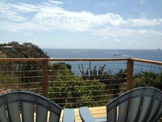 [Blue Breezes above Beautiful Secret Harbor 5min. walk to beach]