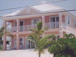 'Sea Cliff' Designer Residence - Total Luxury - # 1 Rental in Treasure Cay