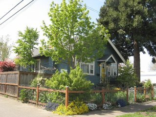 Location! Location! Location! Easy access to everything Eugene, arts to outdoors