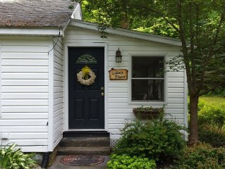 Lidie's Place - A Secluded Forest Cottage