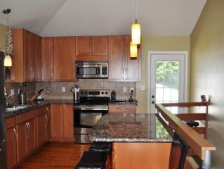 2.5 miles from Stadium/Downtown Newly Renovated, Family-Friendly PSU Rental Home