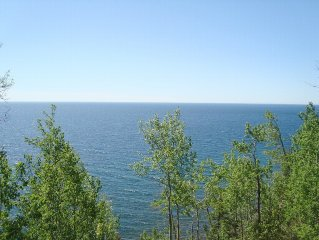 Luxury Townhome On Lake Superior: 4th Night Free!!