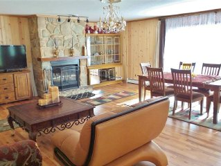 Castle Rock Lake Property In A Secluded, Wooded Area, Next To A Golf Course.