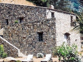 LUXURY 270M2 HOUSE OF CHARACTER IN OLD STONES WITH HEATED POOL, NEAR CALVI