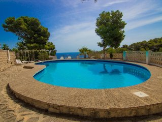 Casa con vistas al mar,  piscina , tranquilidad,  playas, WiFi, tv satelite