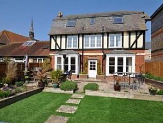 Luxury Farmhouse in heart of Weymouth., holiday rental in Weymouth