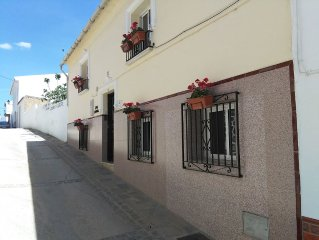 Apartment in a beautiful white Spanish village