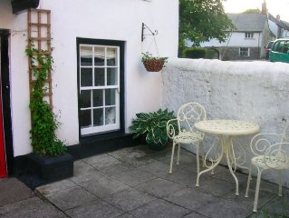 Stunning 200 year old cottage in lovely village location