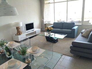 Stijlvol appartement aan de zee met groot terras (22 m2) + gratis parking!
