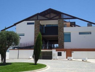 Luxury Villa With Private Garden, Pool, Hot Tub With Wonderful Countryside Views