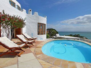 Villa in Gordons Bay with views and private pool