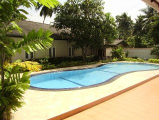 5 bedroomed holiday bungalow with swimming pool