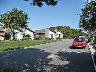 Self Catering Holiday Bungalow With Superb Sea An